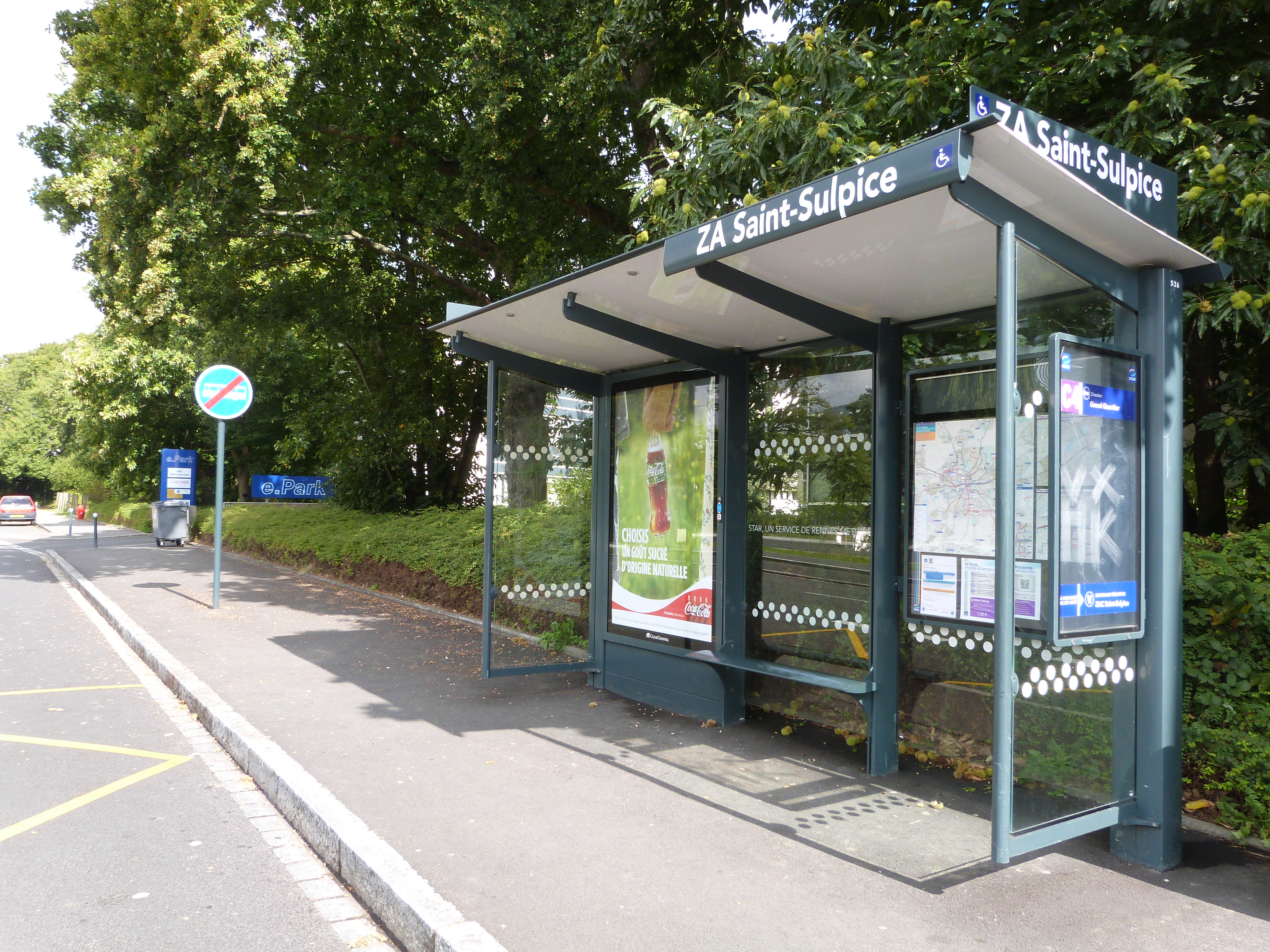 Arrêt de Bus PMR face au cabinet