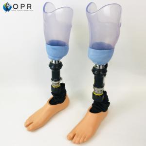 Système Harmony Ottobock sur des prothèses d'essai bilatérales tibiales