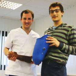 Erwa Calvier et Antoine Michel, réunios à l'établissement d'orthopédie de Saint-Lô OPR : Orthèse Prothèse Rééducation