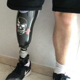 OPR travaille avec un graphiste pour réaliser des prothèses personnalisées
