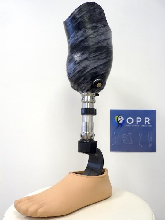 prothese de jambe pour amputé personalisé effet marbre à rennes en ile et vilaine et en normandie