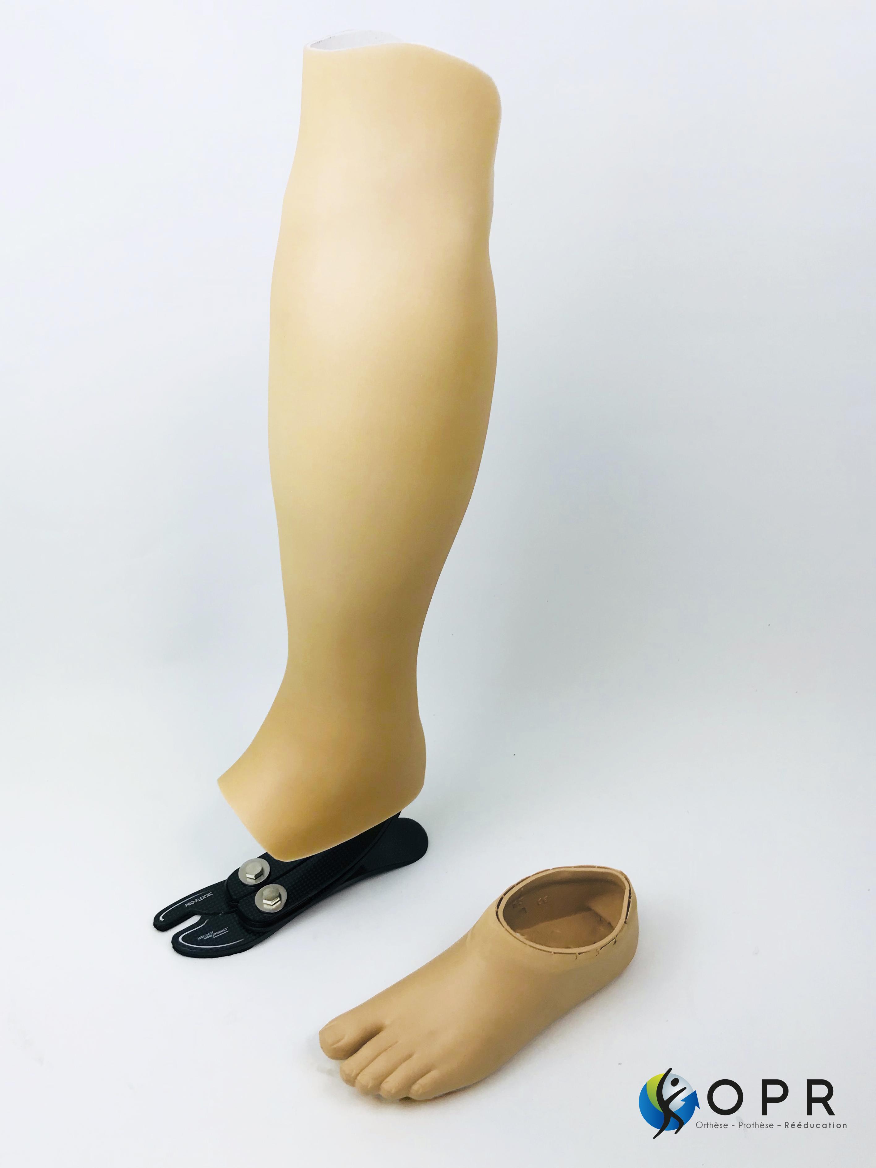 esthétique tibiale prothèse invisible de tibia fabriqué en bretagne et en normandie