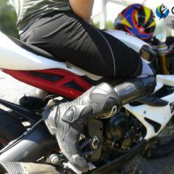 prothèse de jambe et moto avec nos orthoprothésistes en bretagne en en normandie