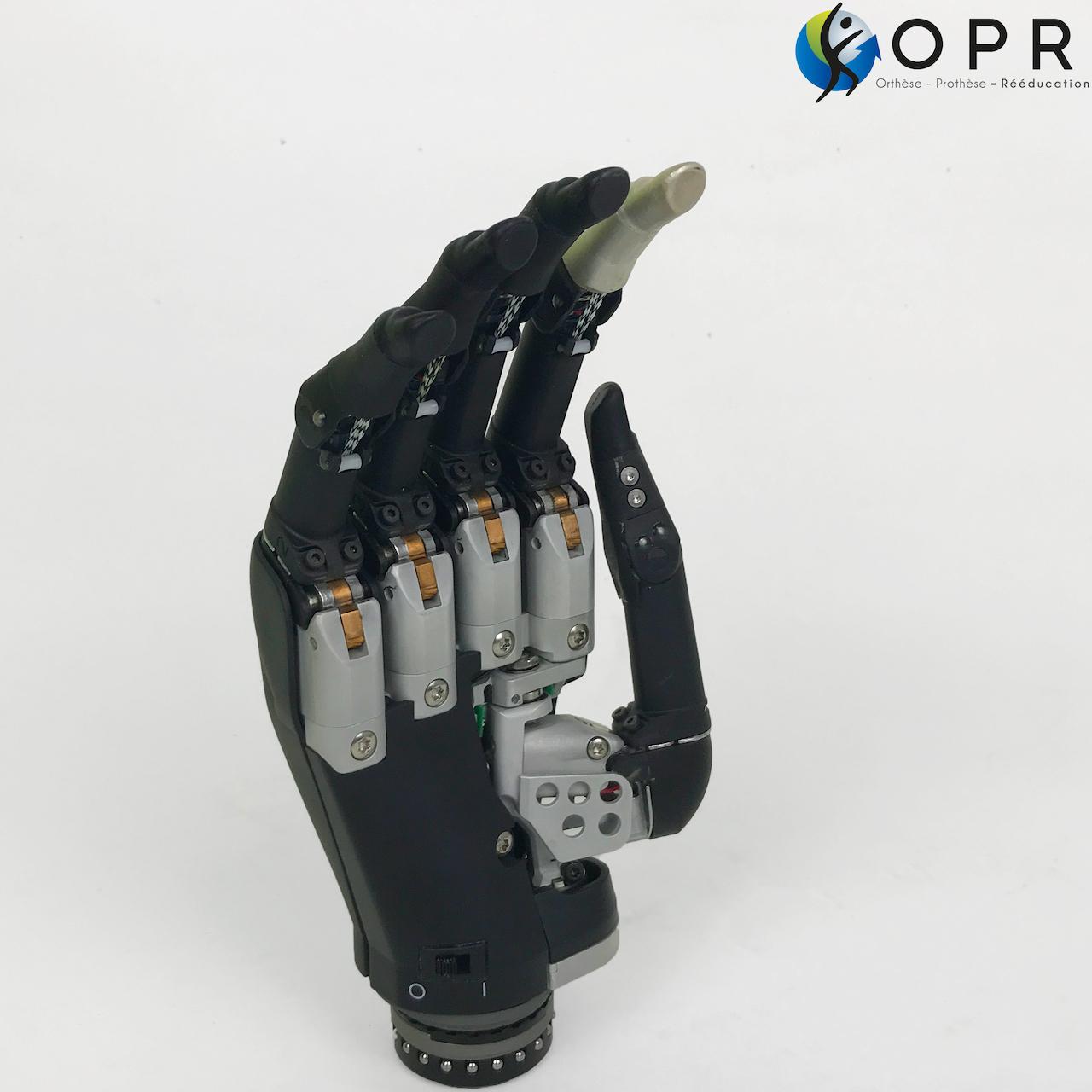 I limb touch bionique, main electrique myoelectrique bionique pour les mains amputés en bretagne à Rennes et dans la manche à Granvilles