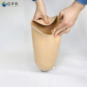 prothès de cuisse souple pour plus de confort pour les personnes amputées, nouveaux matériaux en bretagne et en normandie